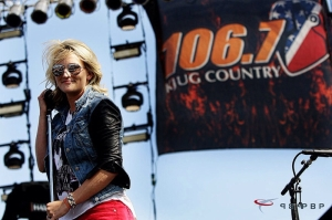 Jamie Lynn Spears plays Jugfest 14