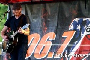 Eric Paslay rocks Exeter in a concert for KJUG (Photocredit: Paul Breski)